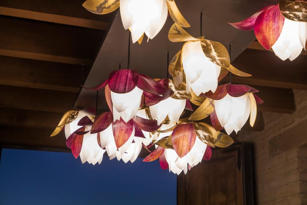 lightart-artisan-blossom-pendant-tucson-botanical-garden-web