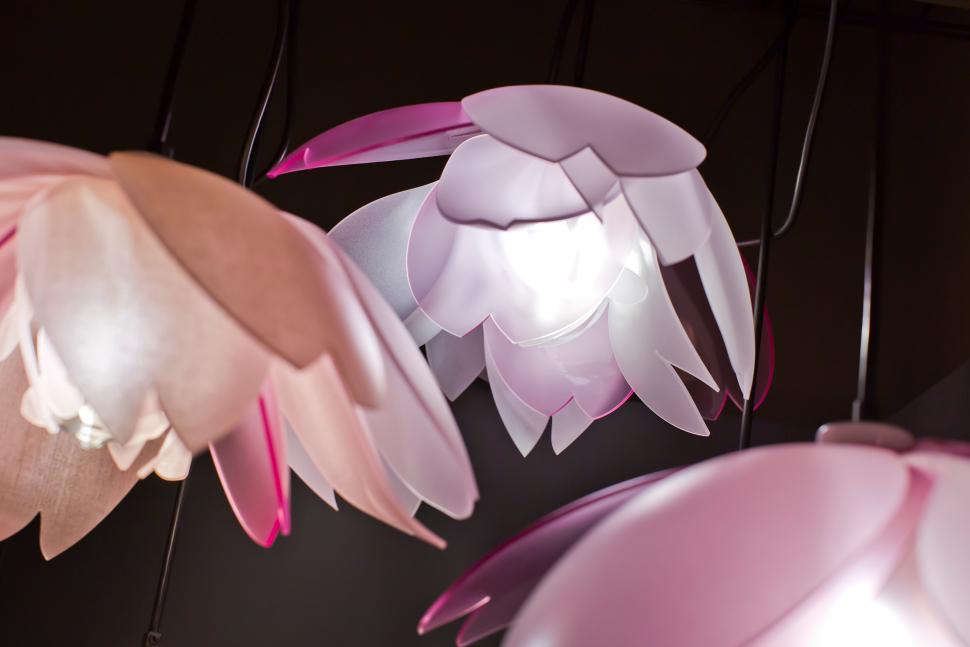 lightart-artisan-cherry-blossom-pendant-tucson-botanical-garden-web-1